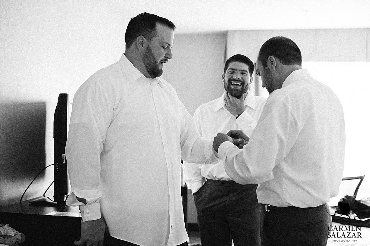 Sentimental groomsmen getting ready - Carmen Salazar