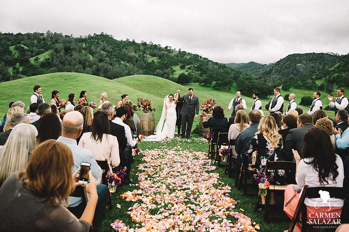 Floral wedding aisle inspiration - Carmen Salazar