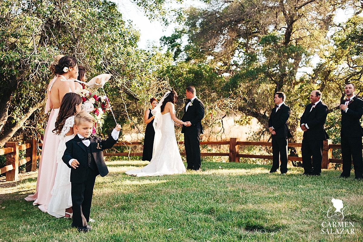 Outdoor Winters summer wedding - Carmen Salazar