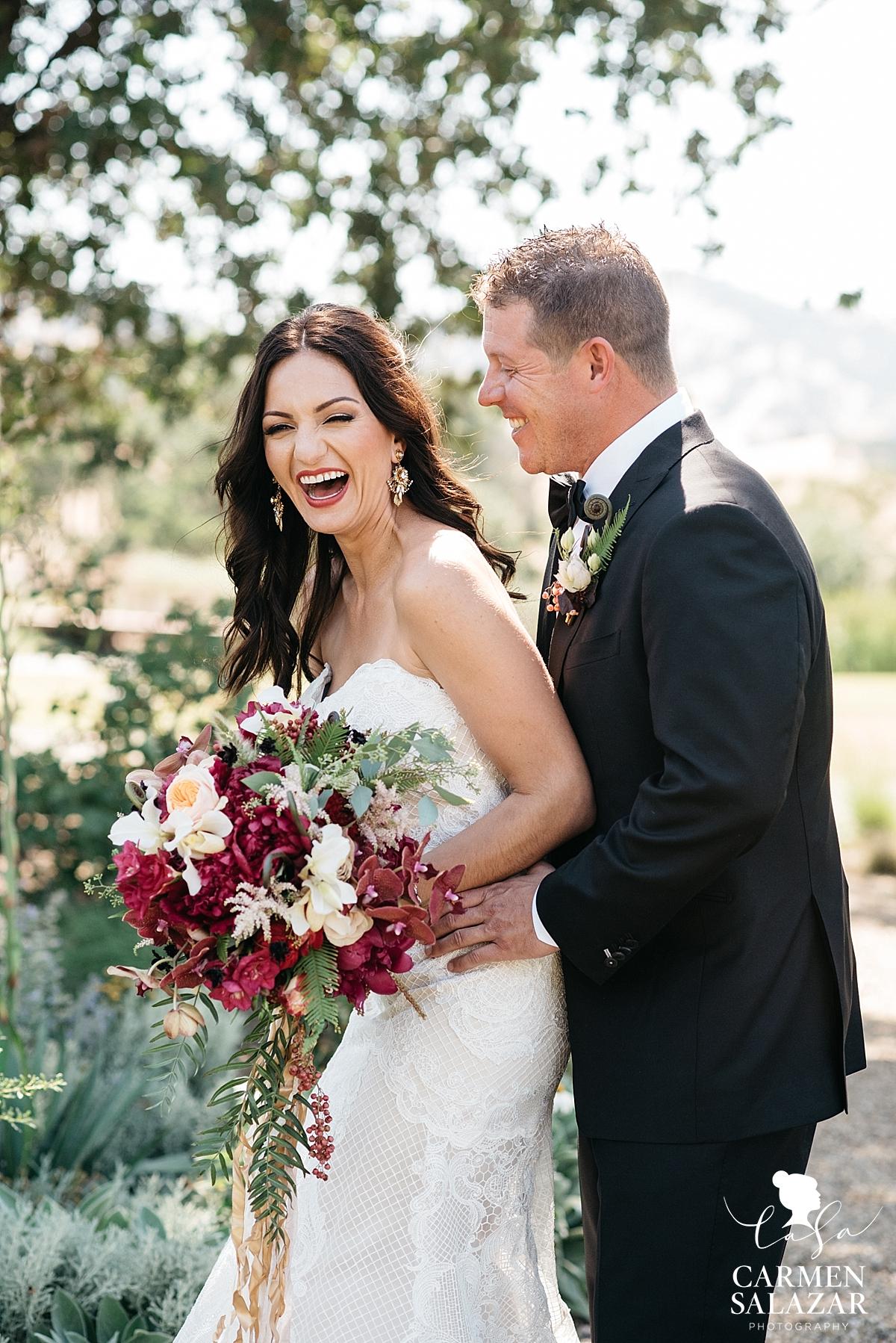 Sweet candid bride and groom portraits - Carmen Salazar