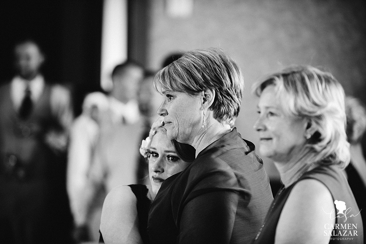 Emotional family of the bride and groom - Carmen Salazar