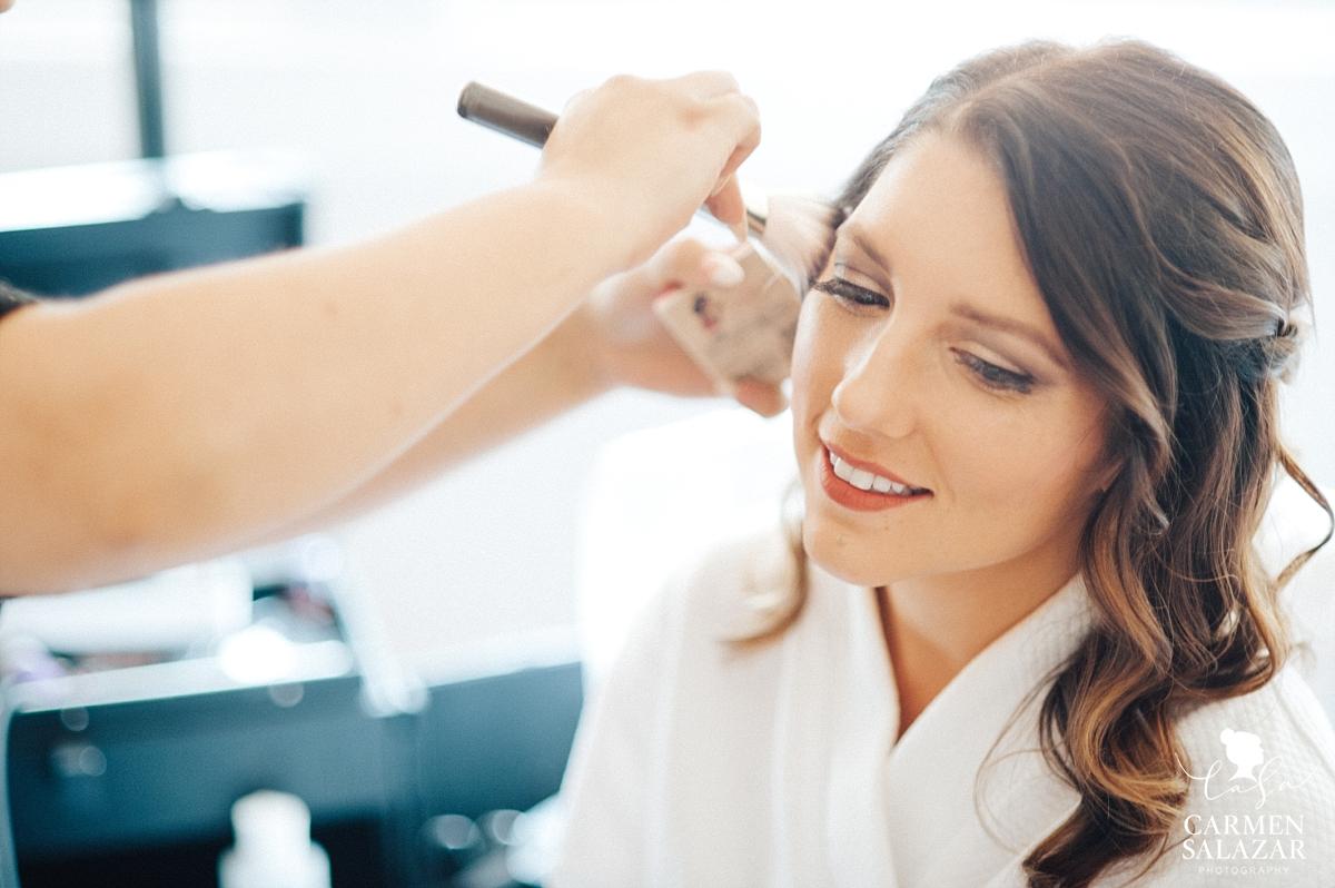 Gorgeous natural bridal makeup by Carmen Salazar Photography