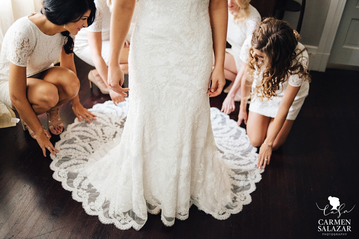 Lace gown detail - Carmen Salazar