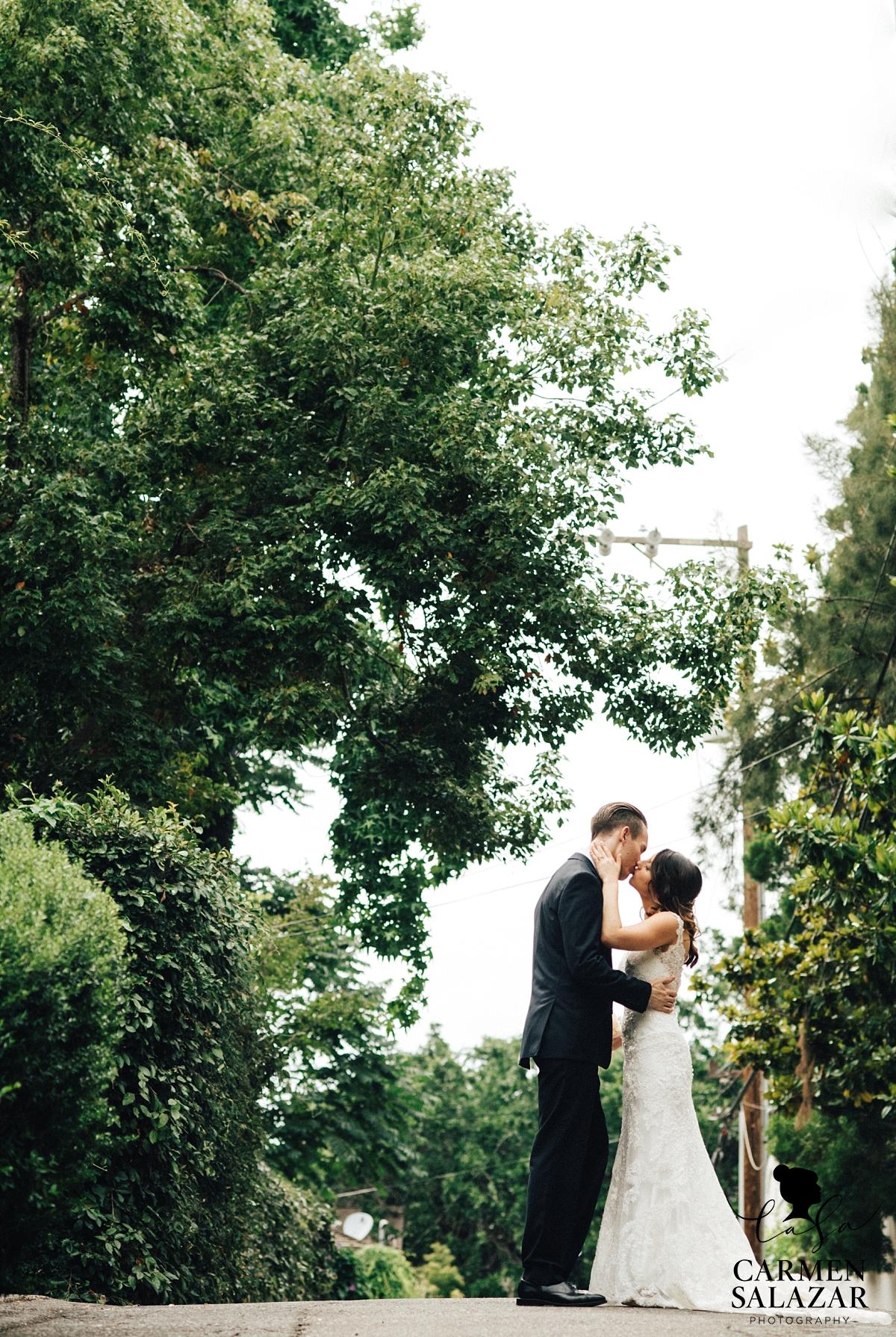 Romantic midtown Sacramento wedding photography - Carmen Salazar