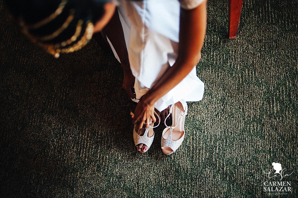Glamorous bridal shoes at Serrano Country Club - Carmen Salazar