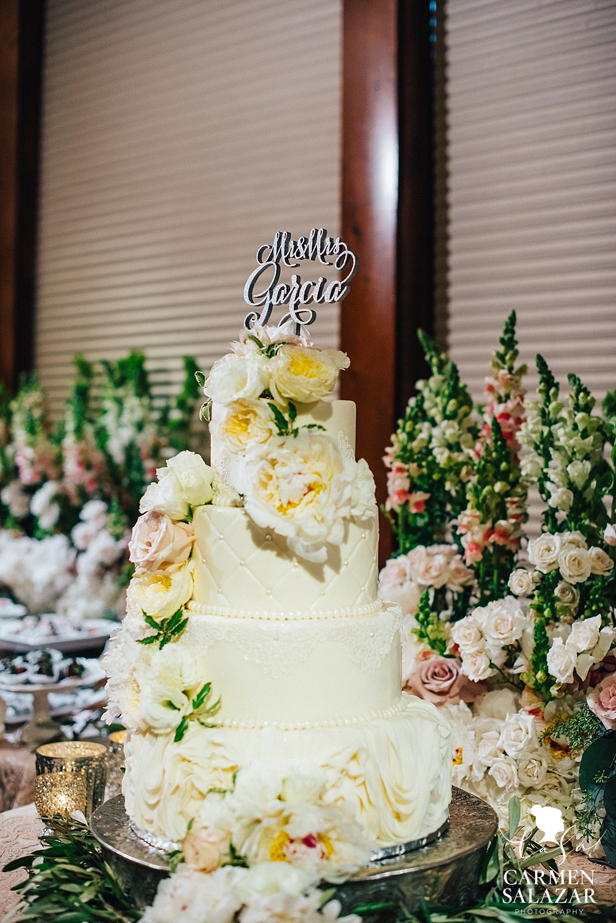 Gorgeous floral accent cake at Wine & Roses reception - Carmen Salazar