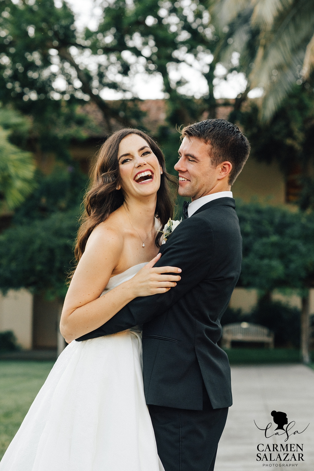 Playful outdoor Mission wedding photography - Carmen Salazar