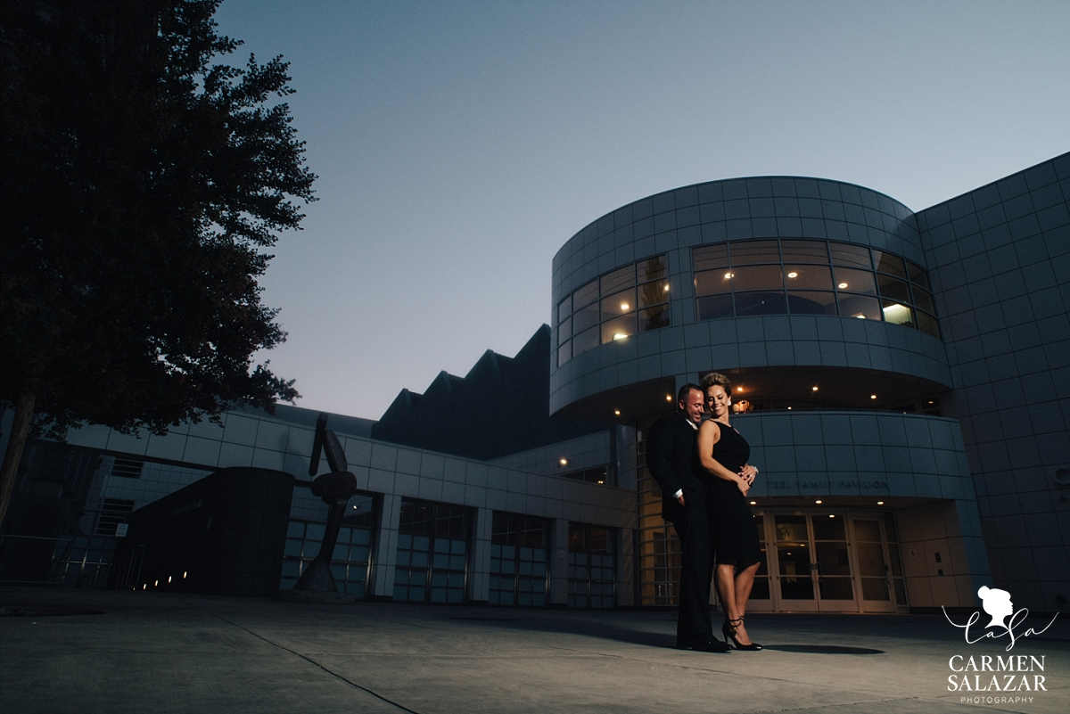 Crocker Art Museum sunset wedding photography - Carmen Salazar