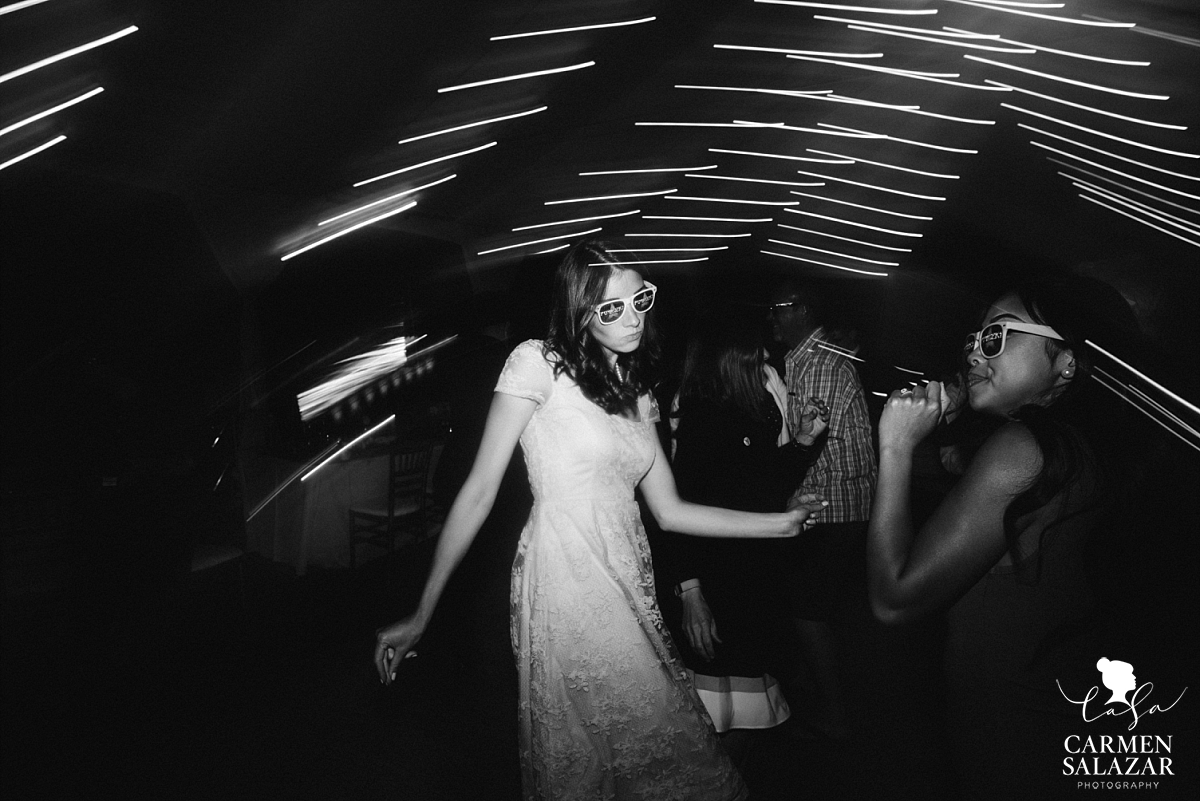 Fun black and white wedding dance floor photography - Carmen Salazar