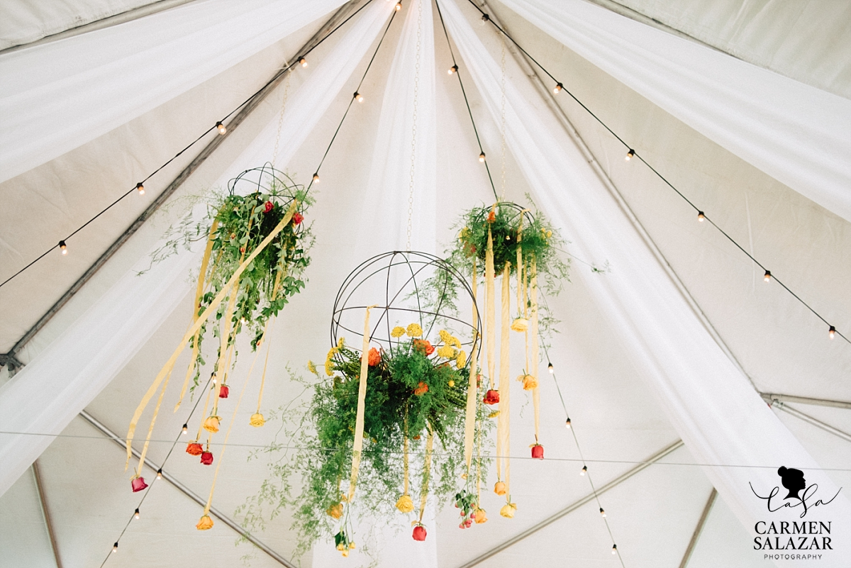 Beautiful modern floral and moss chandeliers - Carmen Salazar