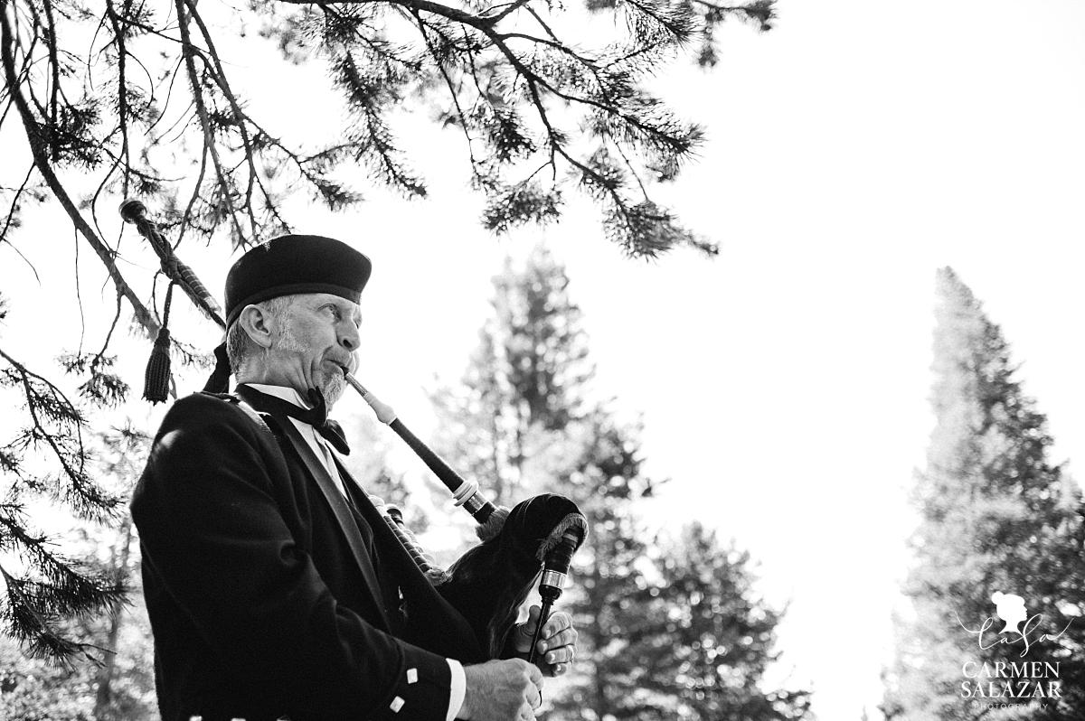 Scottish bagpipes at Kirkwood wedding - Carmen Salazar