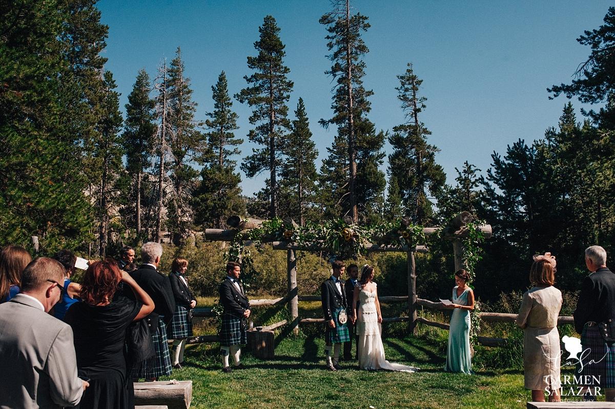 Vintage Scottish wedding ceremony - Carmen Salazar