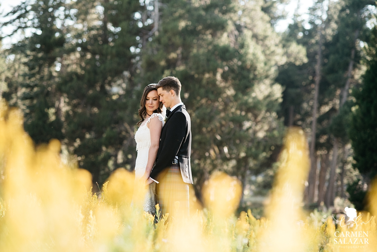 Creative summer wedding portraits at The Hideout - Carmen Salazar