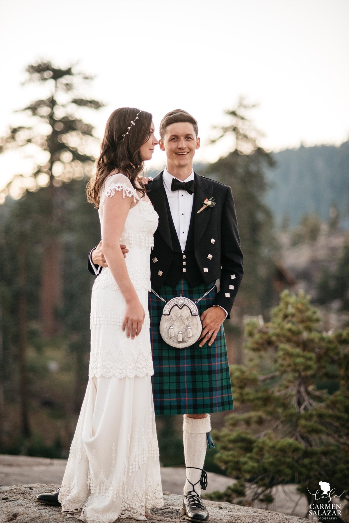 Sunset mountain top wedding photography - Carmen Salazar