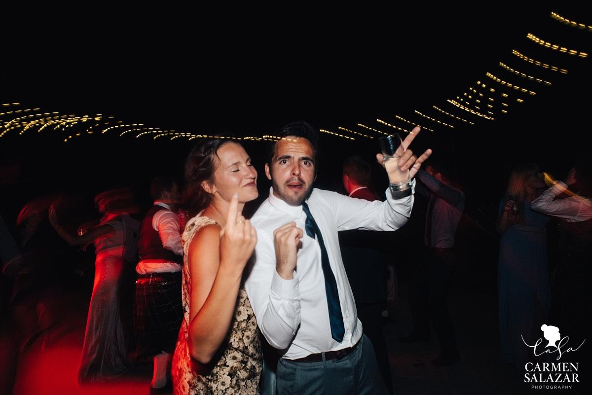 Playful wedding dancefloor photography - Carmen Salazar