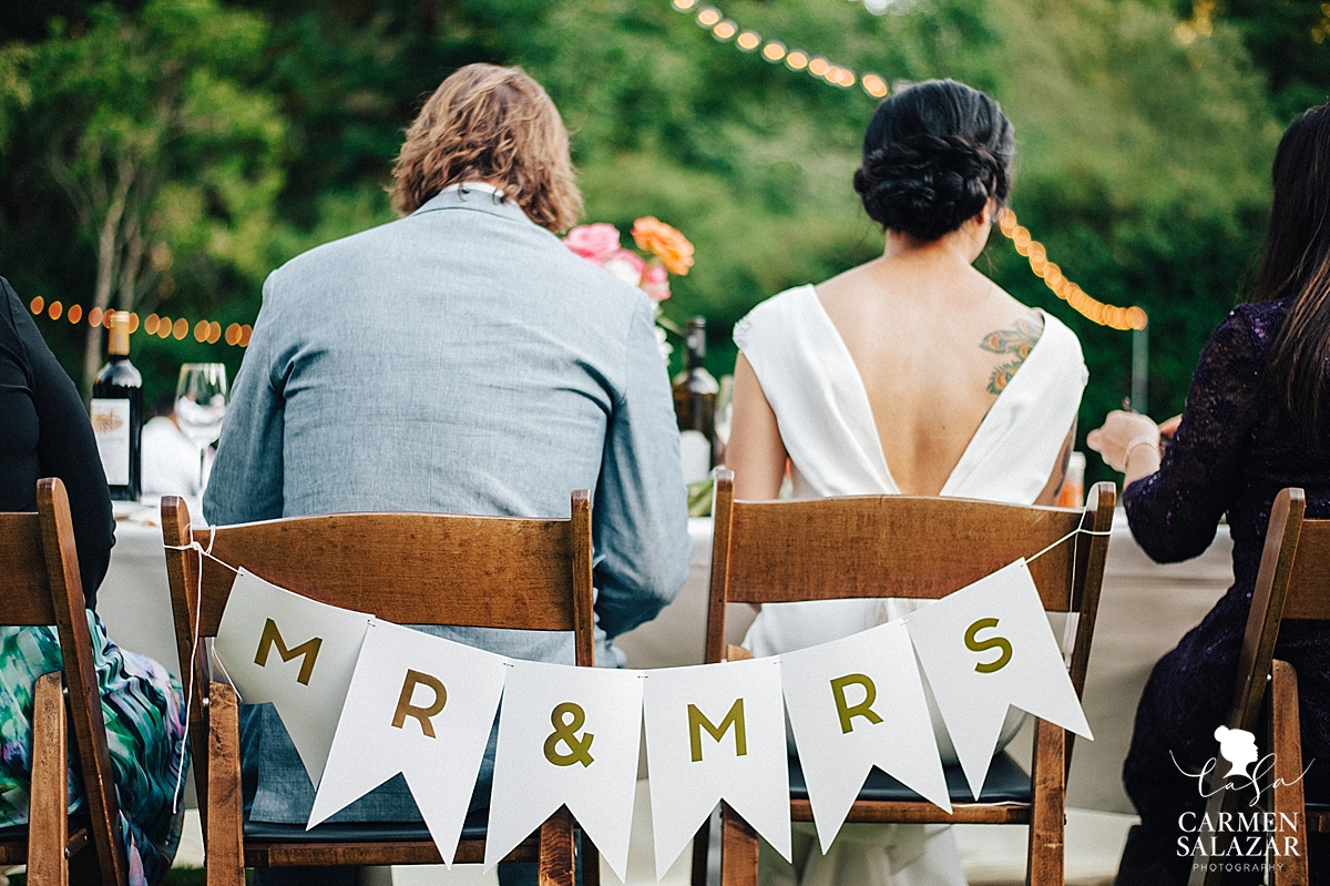 Modern and chic head table wedding banner - Carmen Salazar