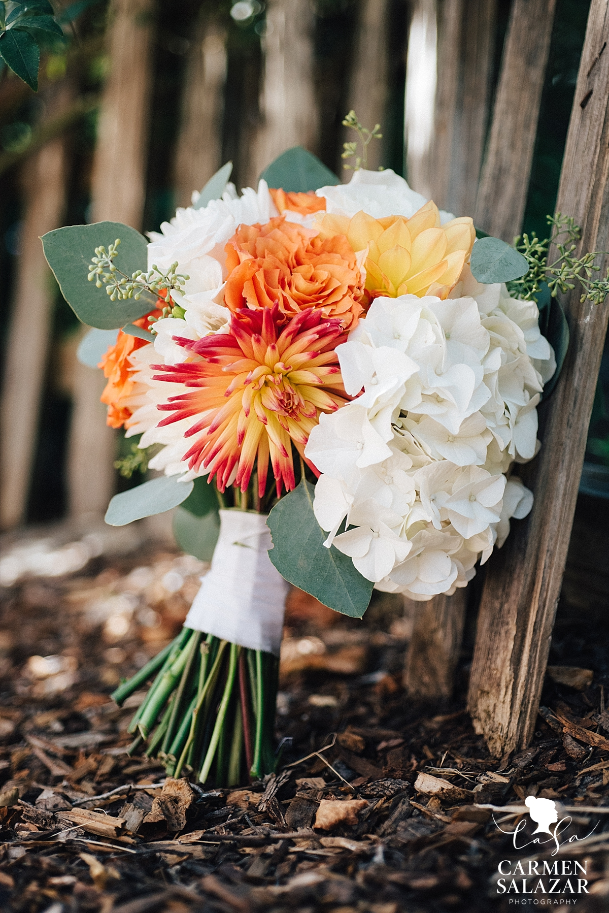 Unique modern white and orange wedding bouquet - Carmen Salazar