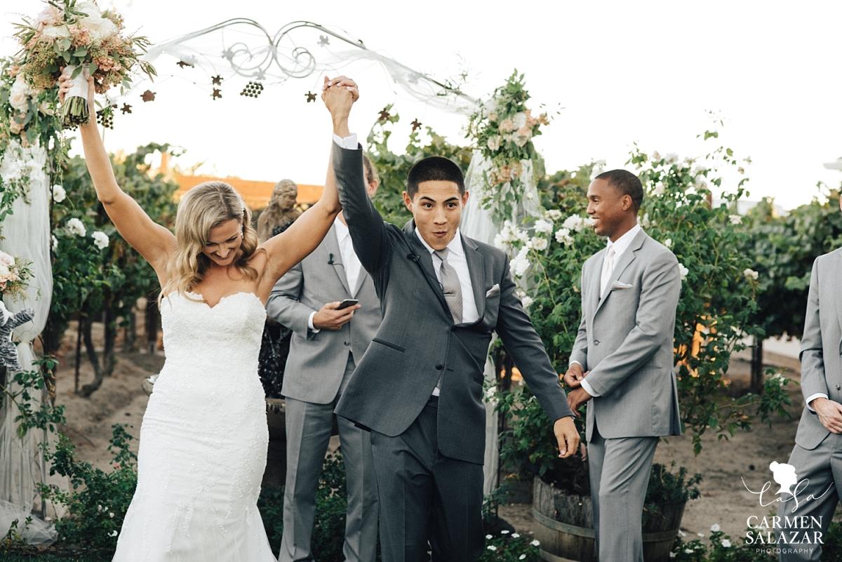 Newlyweds celebrating at Scribner Bend summer wedding - Carmen Salazar
