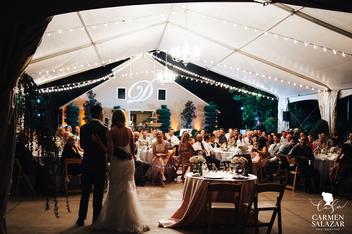 Bride and groom thank guests at dazzling outdoor reception - Carmen Salazar