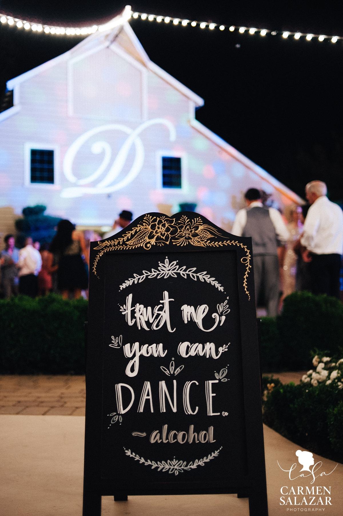 Cute and funny DIY dance floor sign - Carmen Salazar