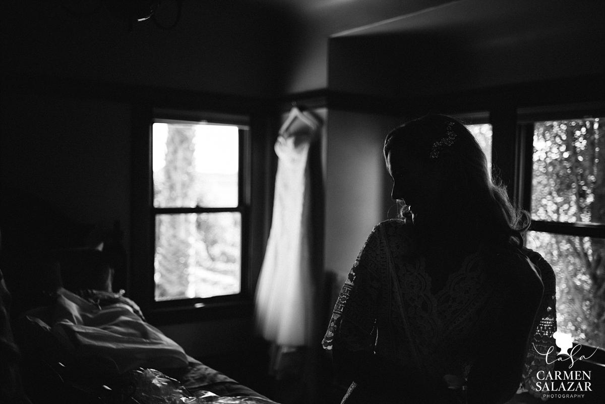 Bride getting ready at Scribner Bend Vineyards - Carmen Salazar