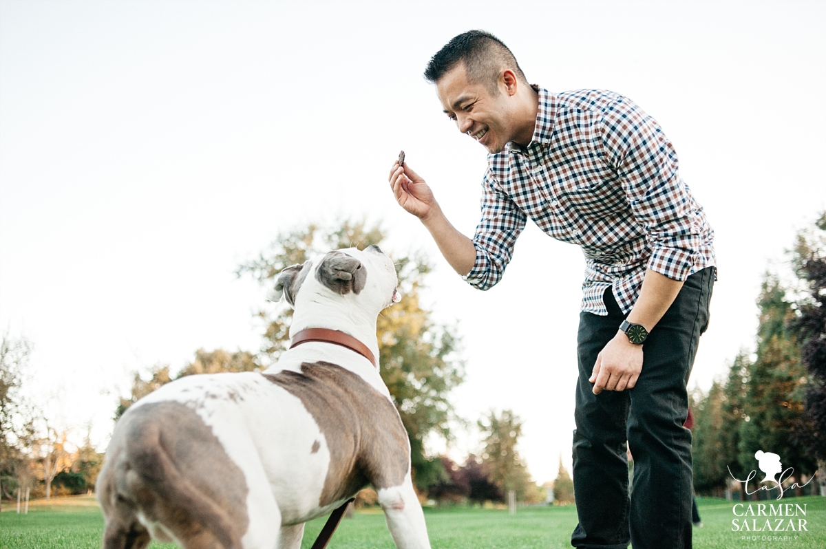 Playful pet engagement portraits - Carmen Salazar
