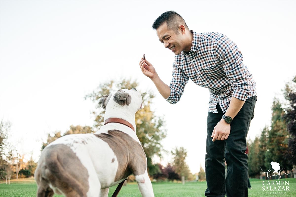 Playful pet engagement portraits - Carmen Salazar