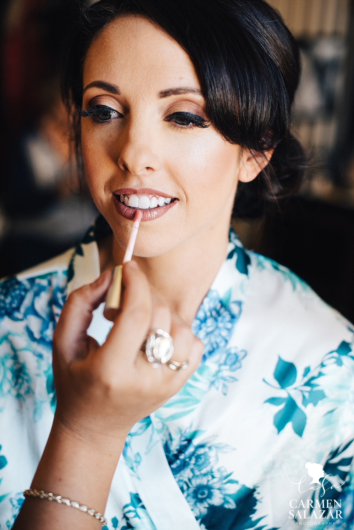 Vintage style nude bridal makeup palette - Carmen Salazar