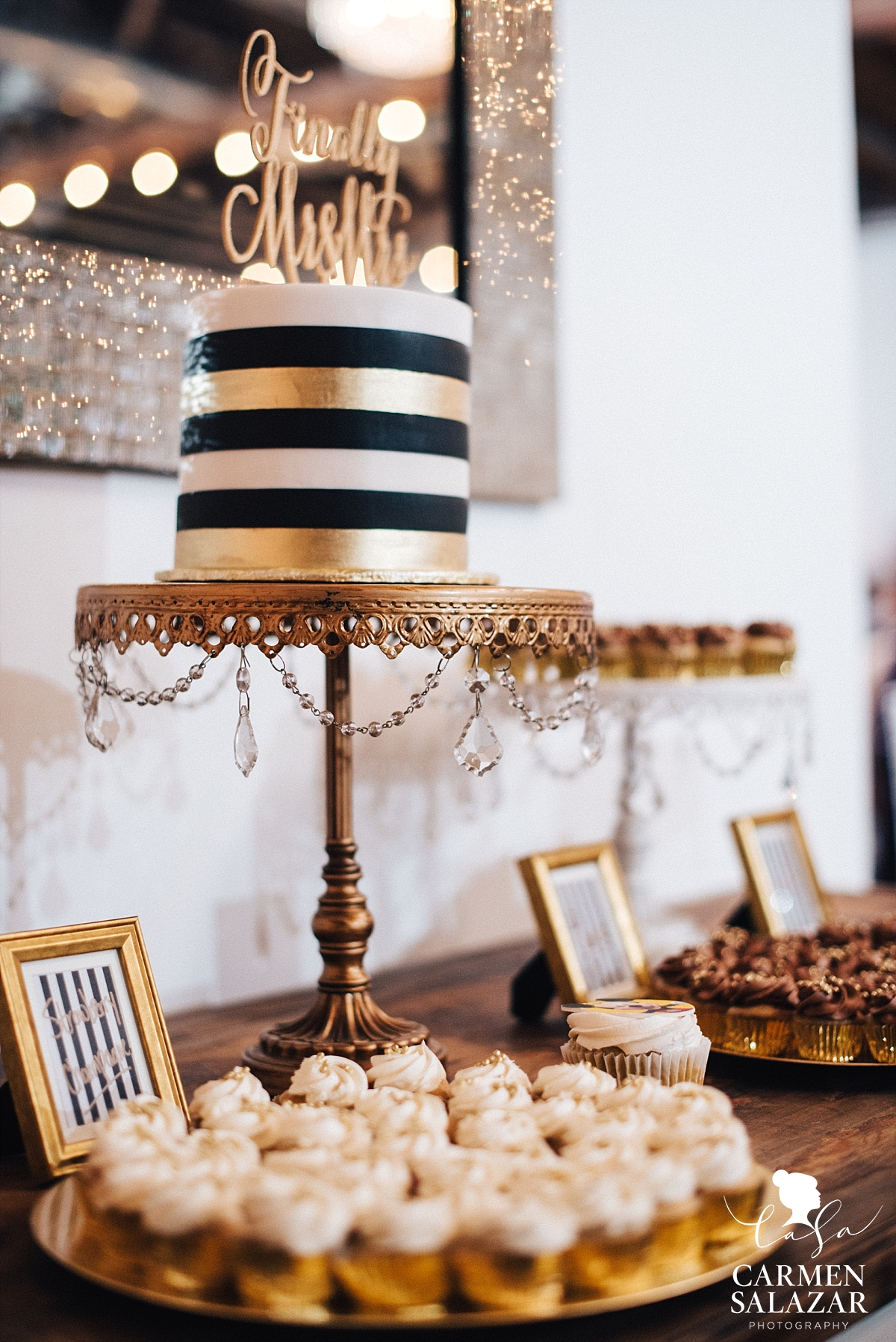 Gold and black wedding dessert table - Carmen Salazar