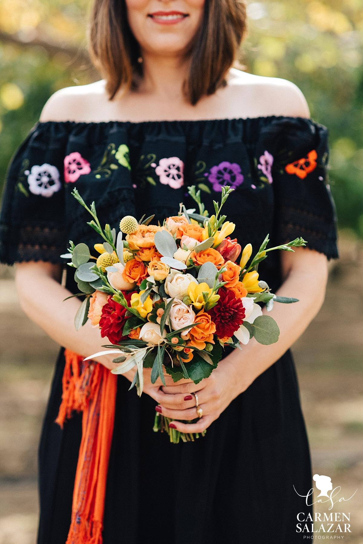 Mexican wedding style bouquet - Carmen Salazar