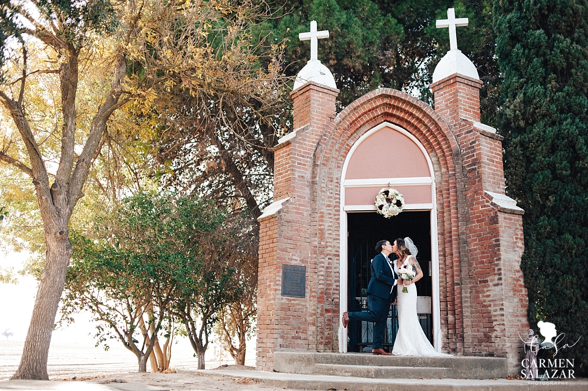 Little Shrine of Grimes fall wedding photography - Carmen Salazar