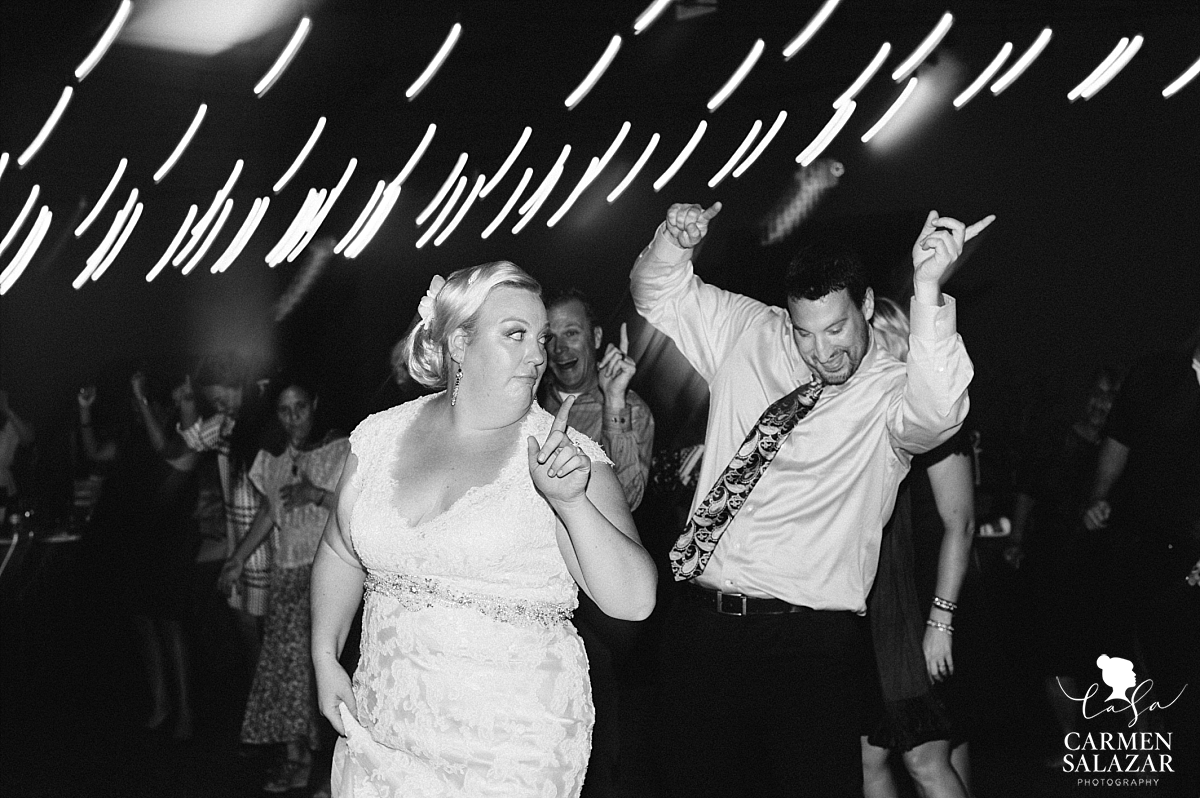 Silly bride reception dance floor photography - Carmen Salazar