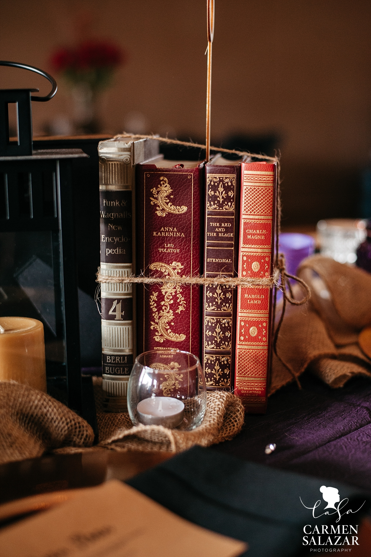 Classic literature DIY wedding decorations - Carmen Salazar