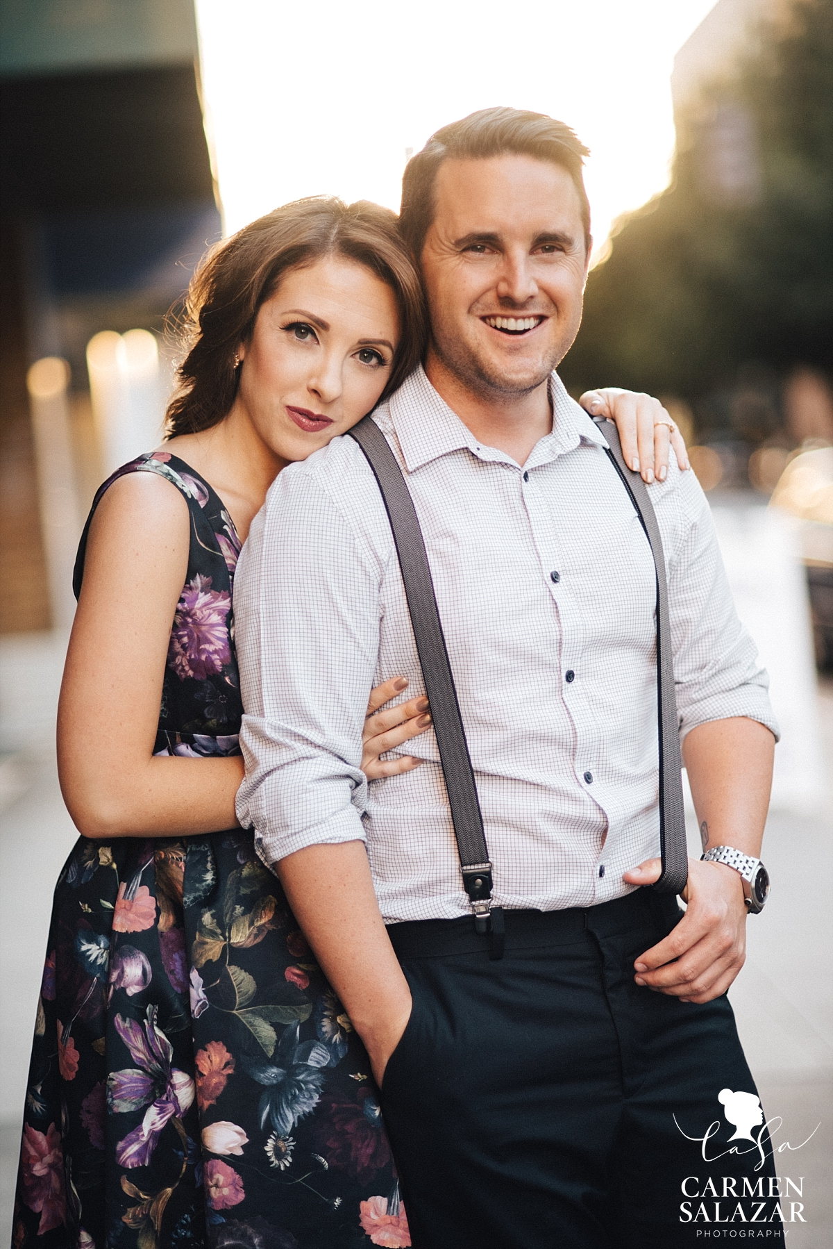 Sacramento sunset engagement photography - Carmen Salazar