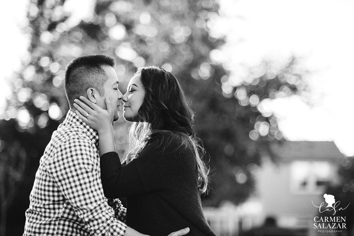 Romantic black and white engagement photography - Carmen Salazar