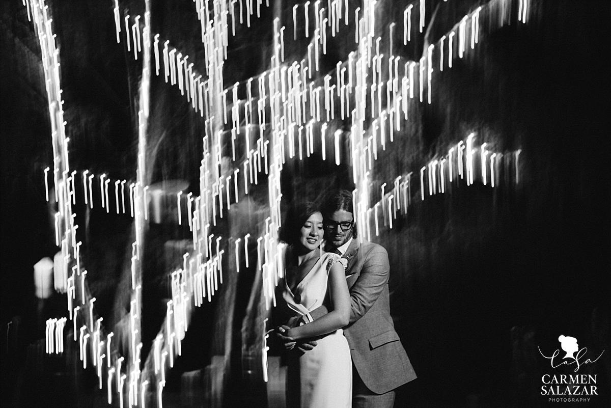 Christmas lights outdoor wedding photography - Carmen Salazar