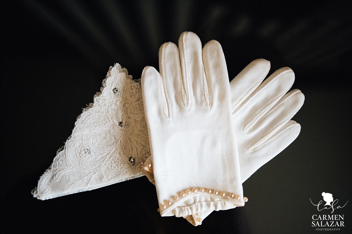 Vintage winter bridal accessories - Carmen Salazar