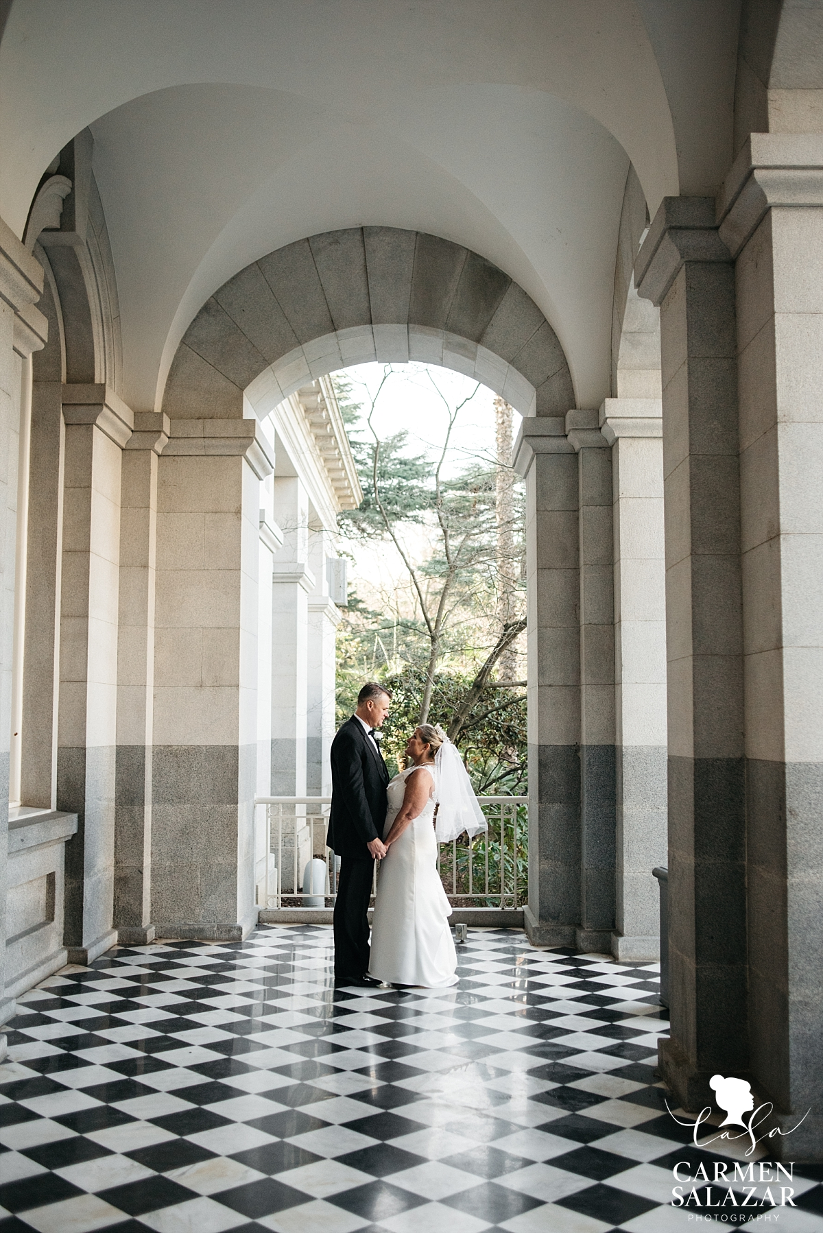 State Capitol bride and groom portraits - Carmen Salazar