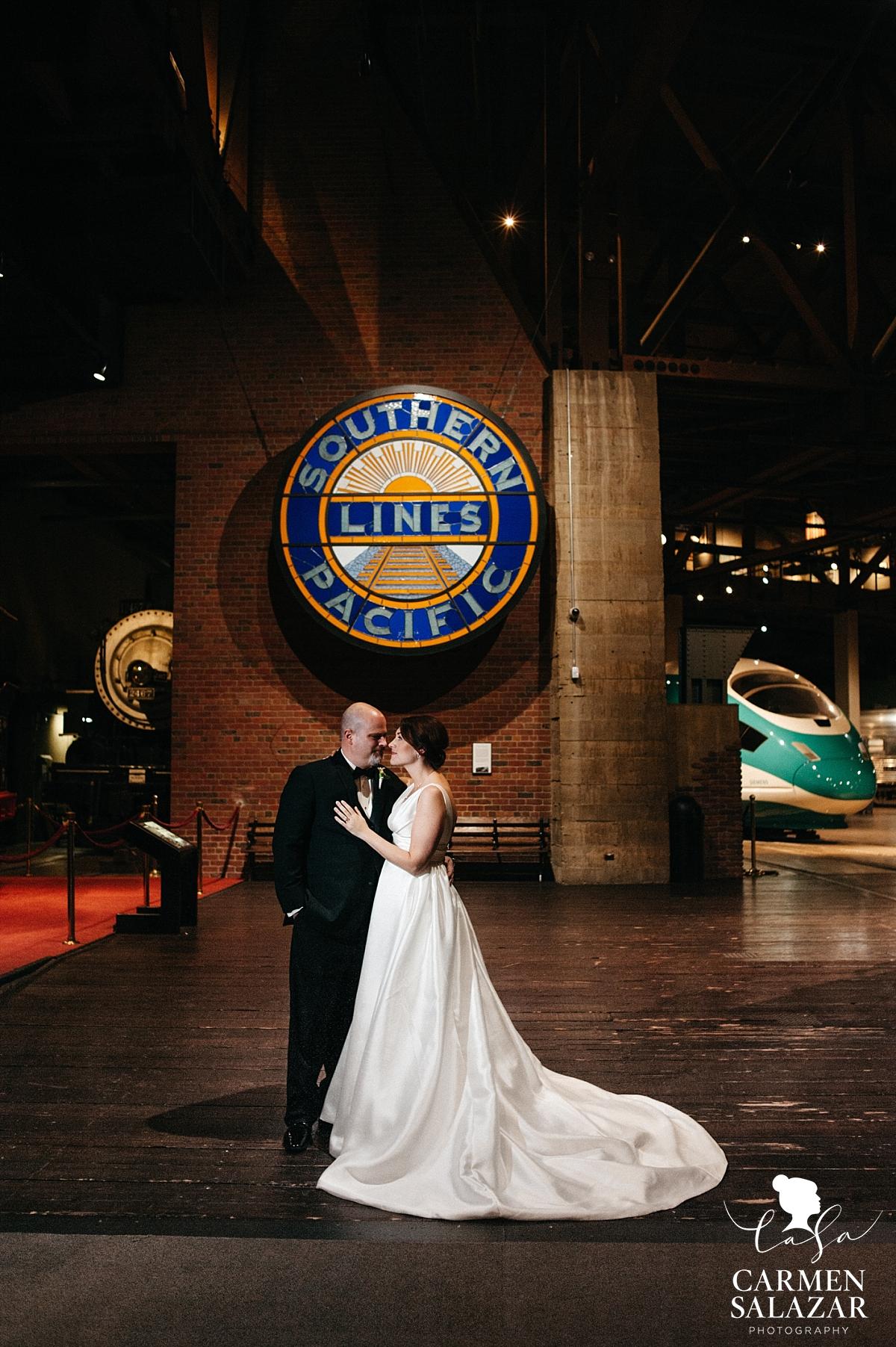 Bride and groom at California Railroad Museum - Carmen Salazar