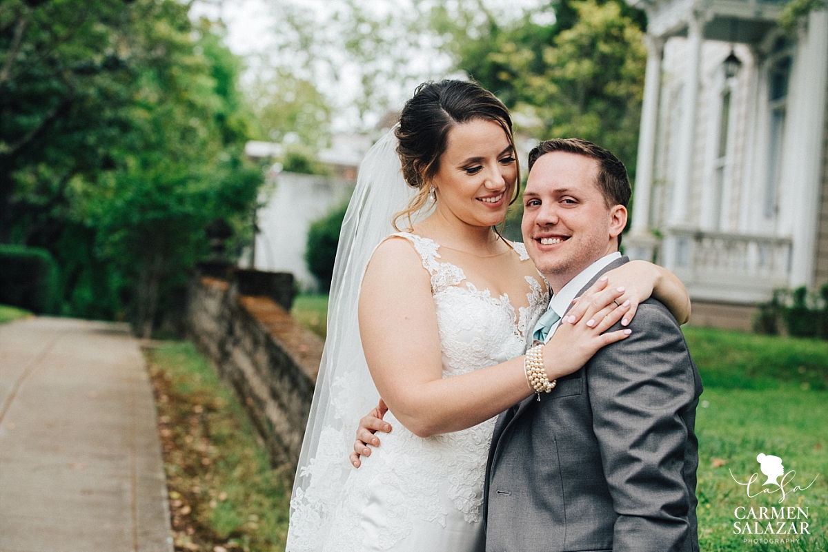Vizcaya mansion bride and groom portraits - Carmen Salazar