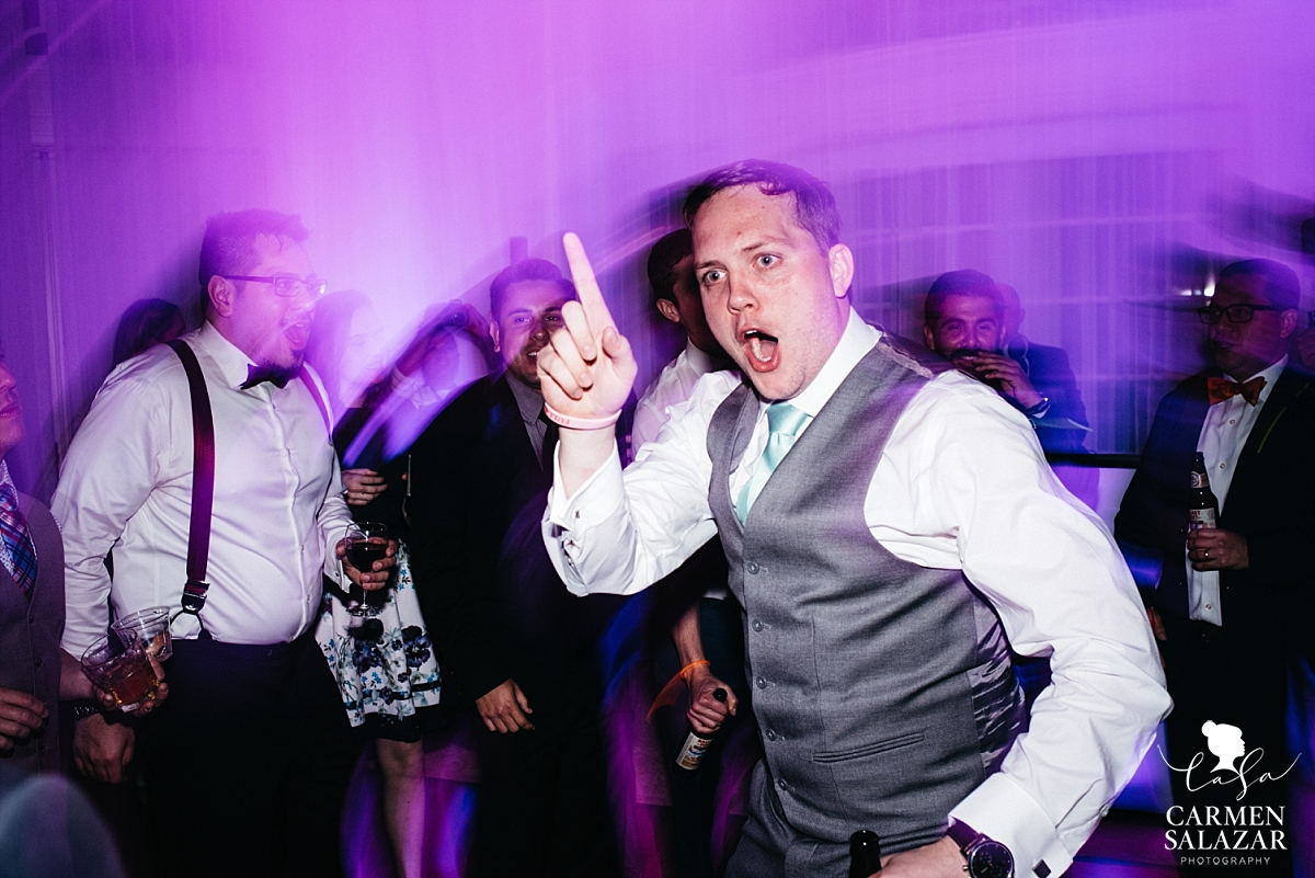 Funny wedding dance floor photos - Carmen Salazar