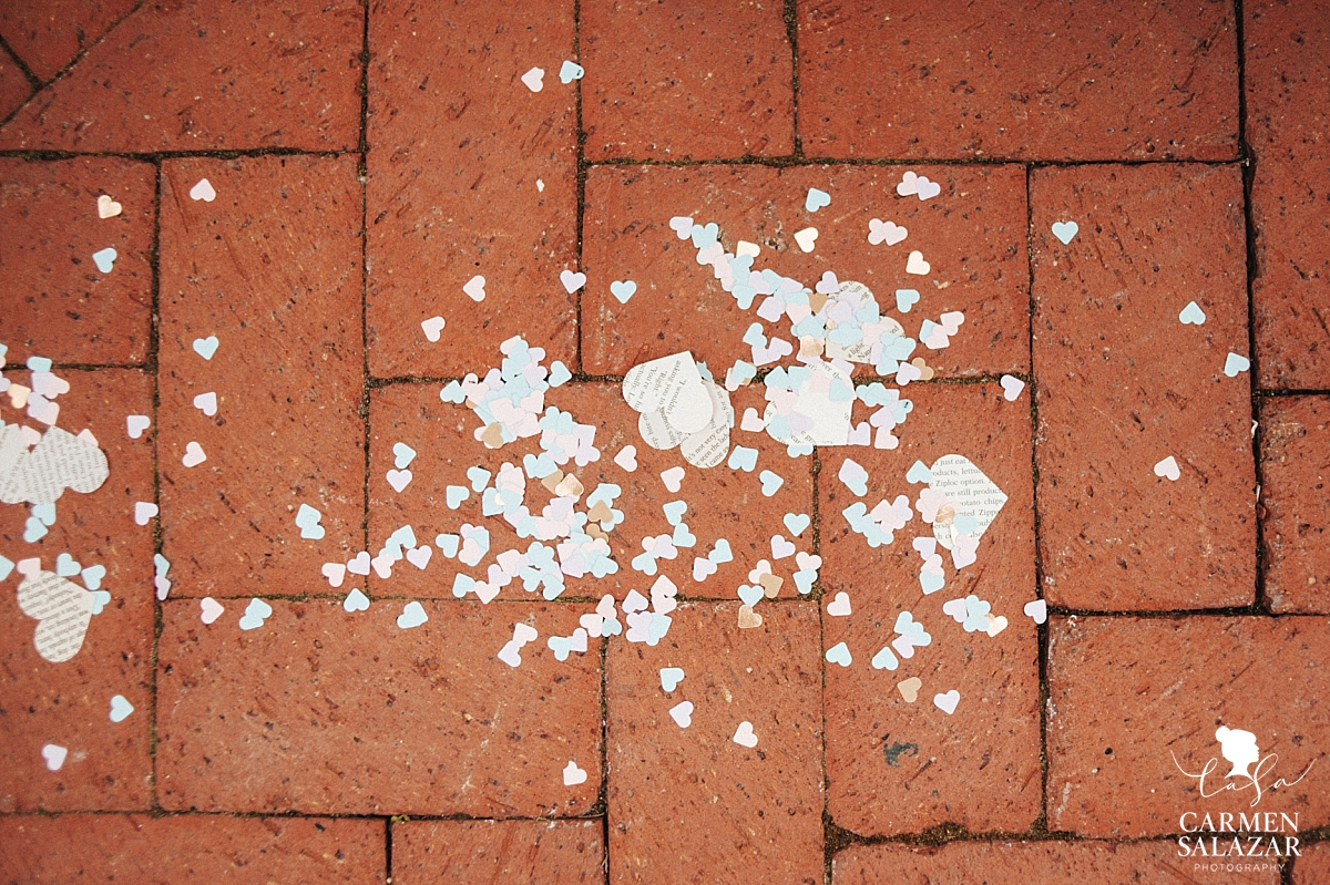 Literary heart confetti on wedding aisle - Carmen Salazar