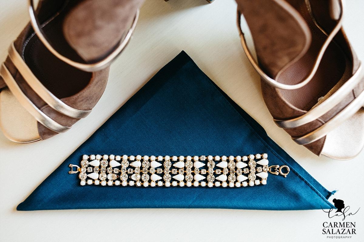 Modern bridal accessories detail - Carmen Salazar