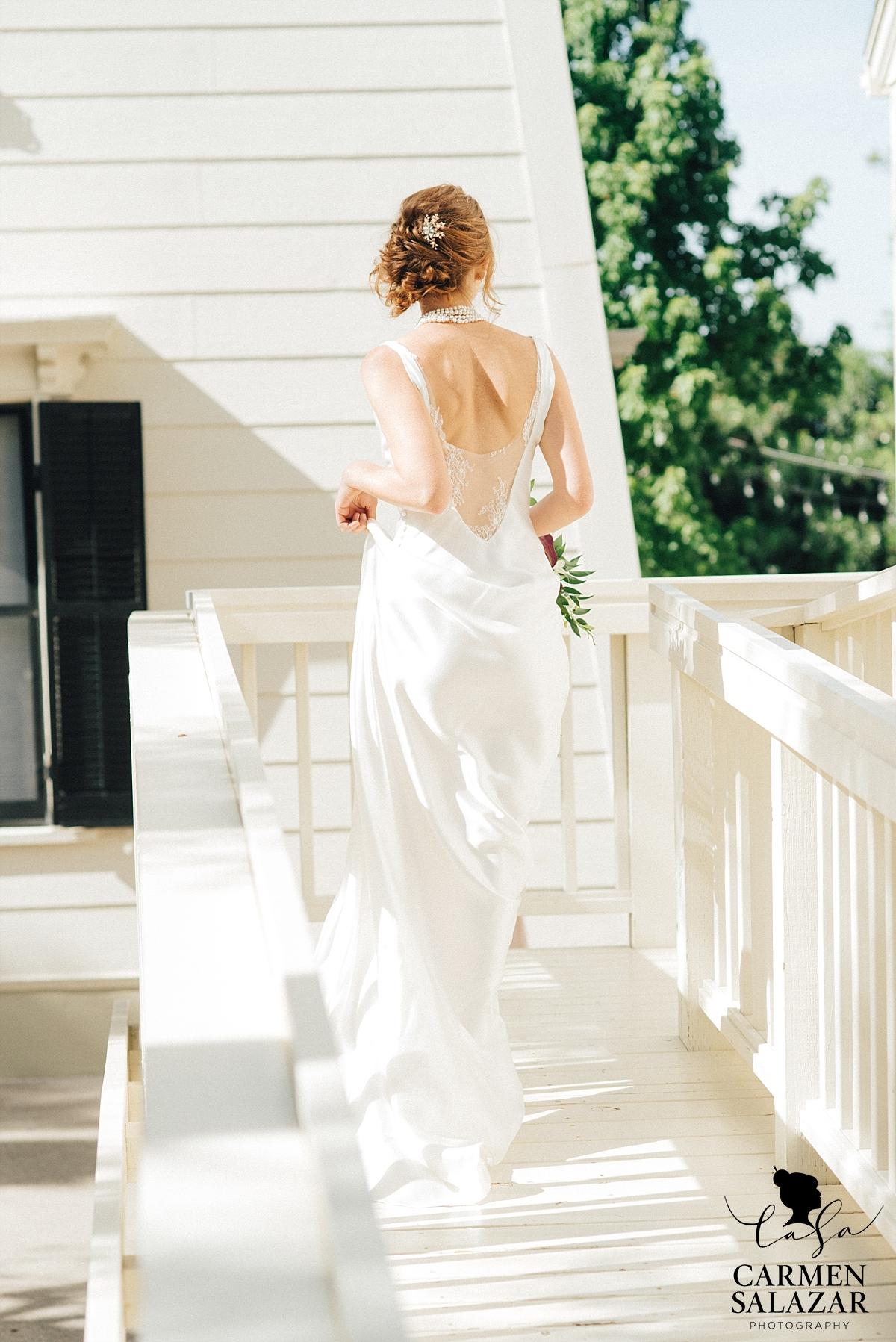Elegant lace bridal fashion - Carmen Salazar