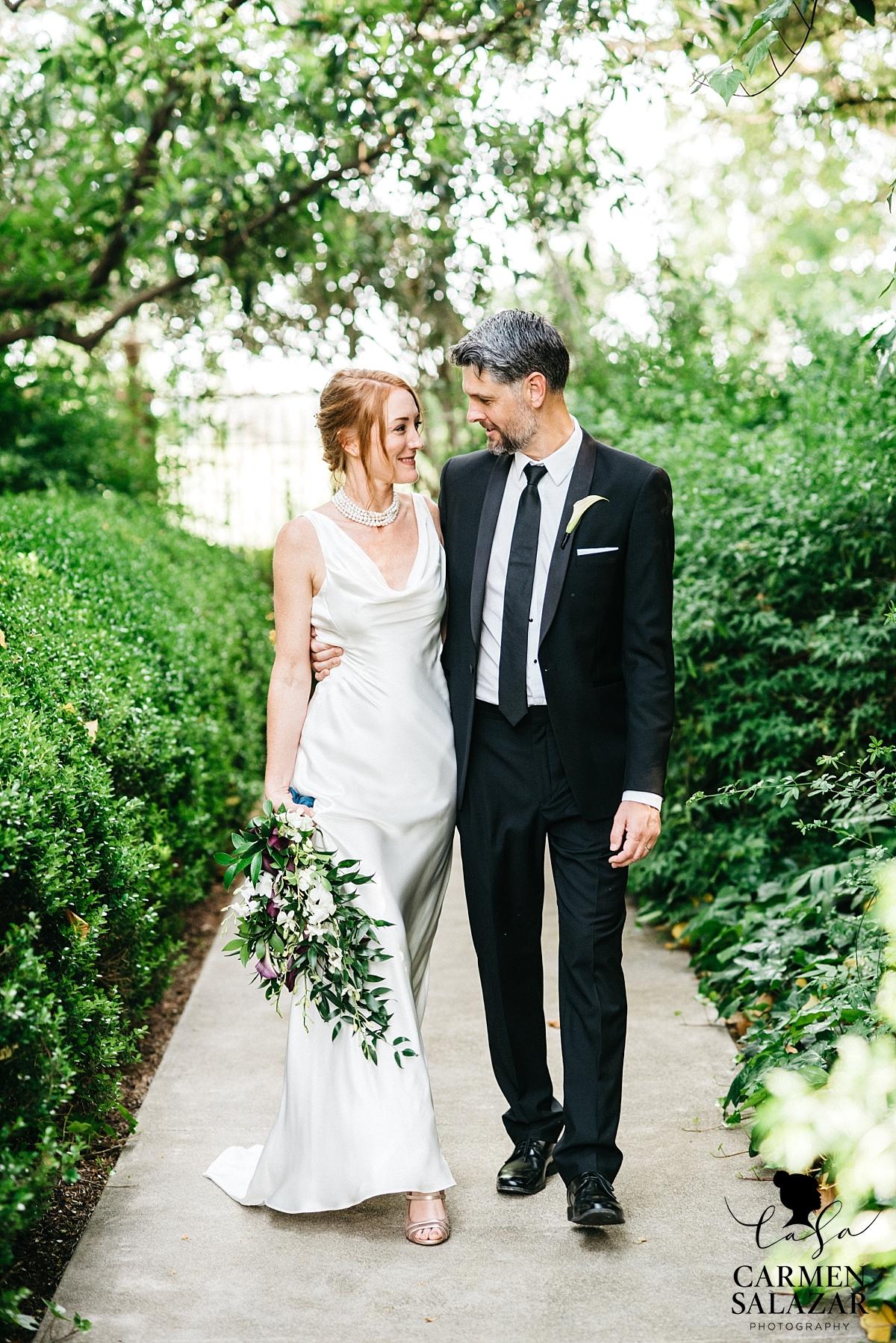 Winters wedding portrait photography - Carmen Salazar