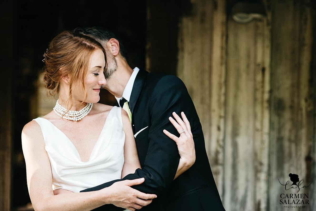 Modern bride and groom portraits - Carmen Salazar
