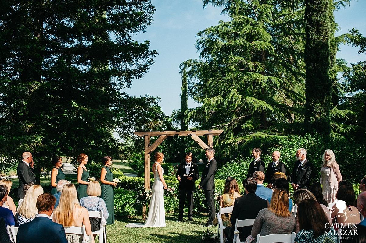 Spring Park Winters outdoor wedding ceremony - Carmen Salazar