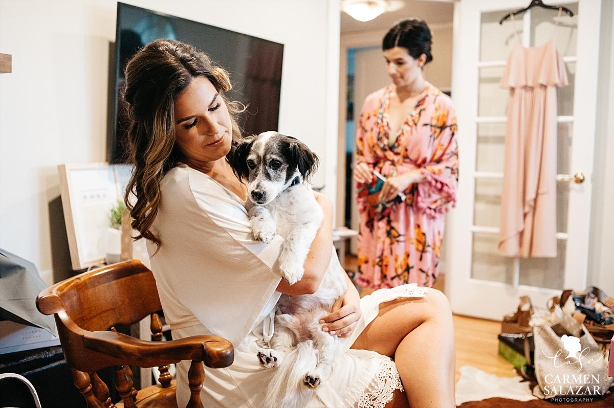 Bride getting ready with her dog - Carmen Salazar