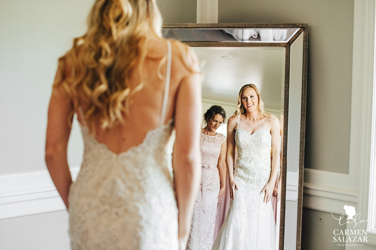 Bride's first sight at her gown - Carmen Salazar