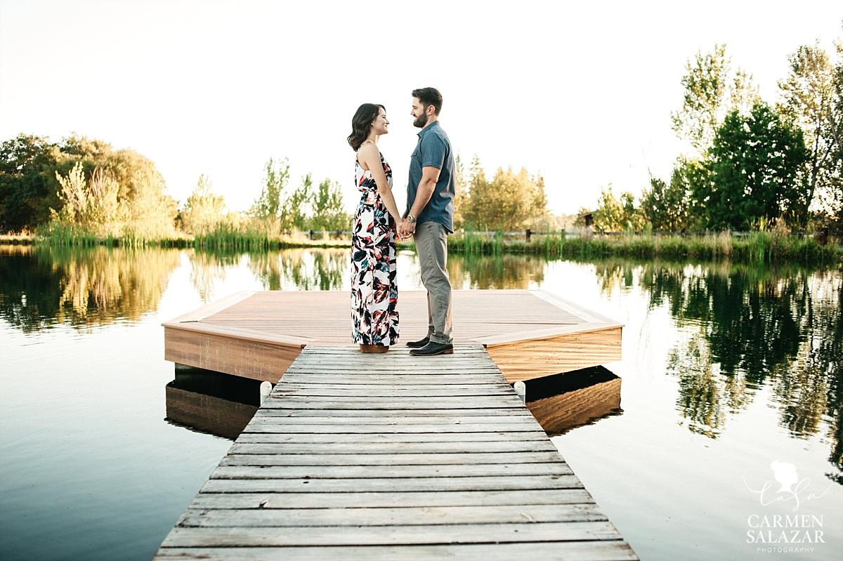 Lakeside lavender farm engagement session - Carmen Salazar